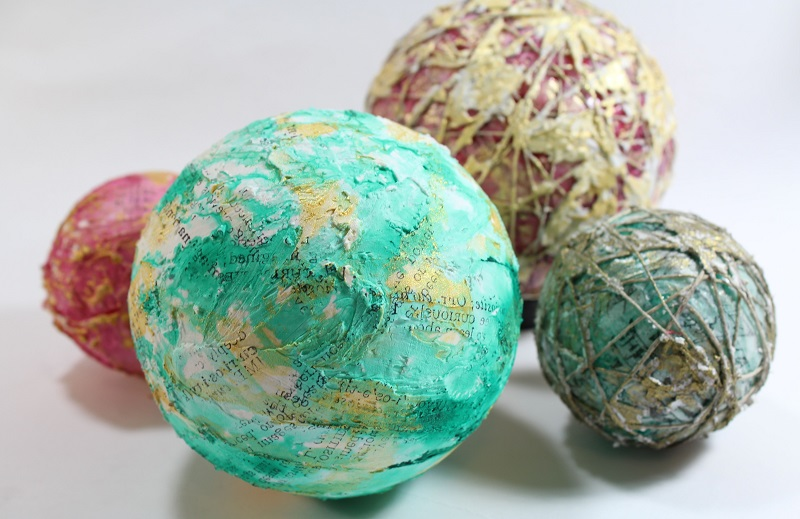 DIY Christmas Orbs using mixed media techniques
